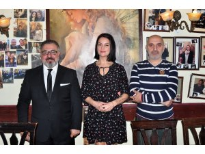 Abdurrahman Delen'in şiirine ünlülerden destek