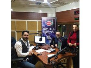 Rektör Çomaklı TRT Erzurum Radyosunun canlı yayın konuğu oldu