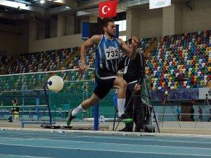 Türkiye Salon Şampiyonası'na başladı