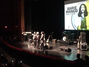 Barış Manço ölüm yıldönümünde Kadıköy'de şarkılarıyla anıldı