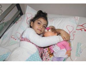 4 yaşındaki Hira Nur depremde sobayla devrilen sıcak su ile yandı