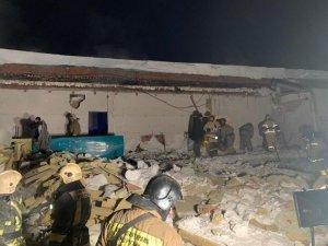 Rusya'da gece kulübünün çatısı çöktü: 2 ölü, 5 yaralı