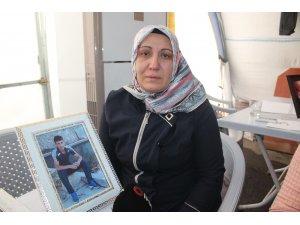 HDP önündeki ailelerin evlat nöbeti 153'üncü gününde