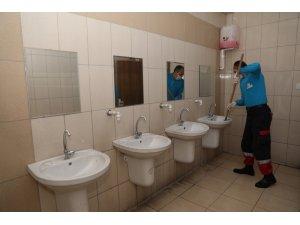 Kocasinan'da tüm okullar temizlenip, dezenfekte edildi
