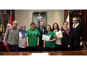 Özel sporcular sevinçlerini Başkan Ataç'la paylaştı
