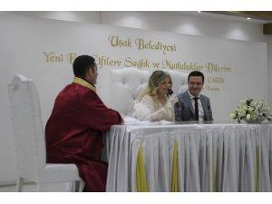 Evlenmek için 02.02.2020 tarihini seçtiler