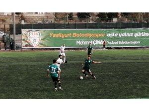 Yeşilyurt Belediyespor beraberliği son dakikada kalecisiyle kurtardı