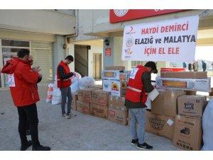 Demirci'den Elazığ ve Malatya'ya 1 kamyon yardım gönderildi