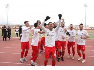 Ulalaspor'dan gol bombardumanı: 10 -1