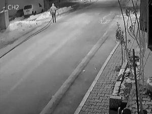 Kablo hırsızını kardaki izi ele verdi