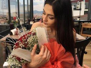 """Ayşe Karaman'ı öldüren ilaçlar için Adli Tıp'tan """"uyuşturucu"""" raporu"""