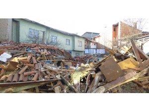 Patlamada ekmek tekneleri yıkılan esnaf zararlarının karşılanmasını istiyor
