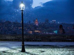 İstanbul beyaza büründü, Doğu'da çığ uyarısı