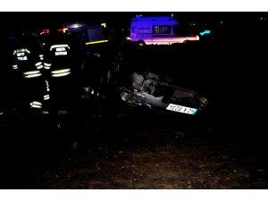 Konya'da otomobil takla attı: 1 ölü, 2 yaralı