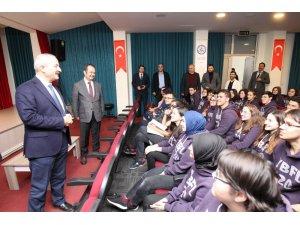 Başkan Büyükgöz gençlerle buluştu