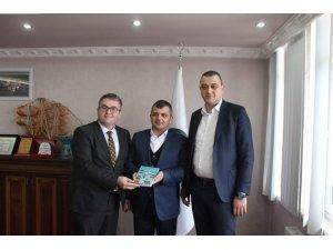 Başkan Koyuncu, Yunak'ı ziyaret etti