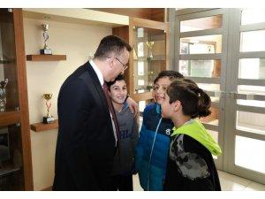 Başkan Mutlu Işıksu, öğrencilerle buluştu