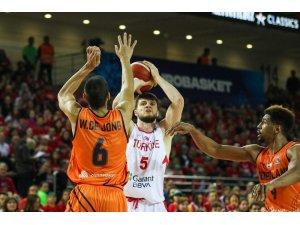 """Milli Basketbolcu Birsen: """"En iyi şekilde konsantre olup önümüzdeki maçlara odaklanacağız"""""""