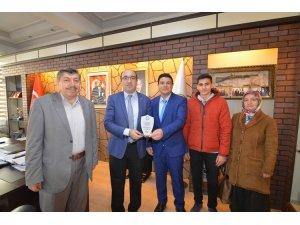 Başkan Çöl'e okullardan teşekkür