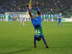 Süper Lig: Çaykur Rizespor: 1 - Medipol Başakşehir: 2 (Maç sonucu)