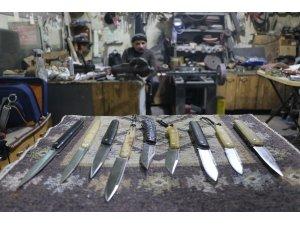 Bıçağın da çakmasını yaptılar