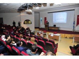 """Dursun Odabaş Tıp Merkezi'nde  """"İletişim, motivasyon ve tükenmişlik sendromu semineri"""" verildi"""