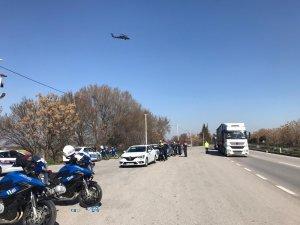 Jandarma ve emniyetten helikopter destekli uygulama