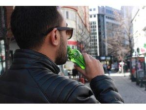 Gazlı içecekler erken ergenliğe yol açabiliyor