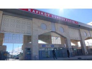 Kapıköy Gümrük Kapısı'na sahra hastanesi kuruldu