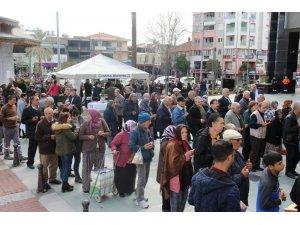 Nazilli Belediyesi'nden 10 bin kişilik kandil hayrı