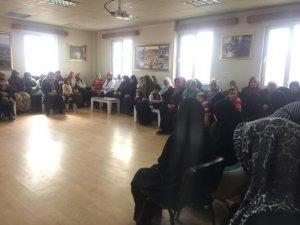 Kadın ve gençlik merkezinde kandil programı