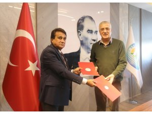 Mezitli Belediyesi, Belediye İş Sendikasıyla toplu sözleşme imzaladı