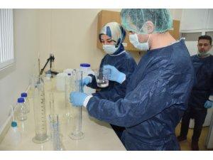 Sağlık kurumlarında kullanılacak dezenfektanları kendileri üretiyor