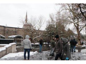 782 yıllık cami boş kaldı