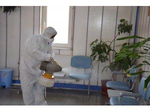 Gülüç Belediyesi her noktayı dezenfekte ediyor