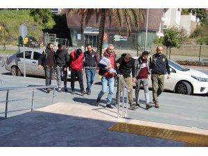 Alanya'da 20 ayrı iş yerinden hırsızlık yapan şüpheliler tutuklandı