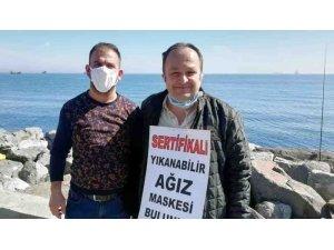 Seyyar satıcılar korona virüs nedeniyle maske satmaya başladı