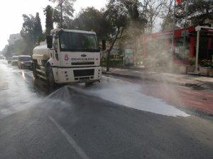Şehzadeler'in sokaklarında dezenfekte çalışmaları başladı