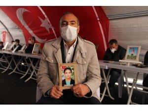 HDP önündeki ailelerin evlat nöbeti 202'nci gününde