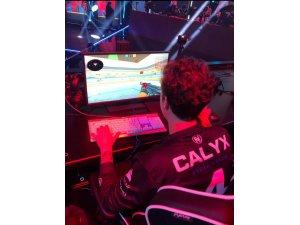 """Buğra Arkın """"Calyx"""" yeni takımında ilk mücadelesine çıktı"""