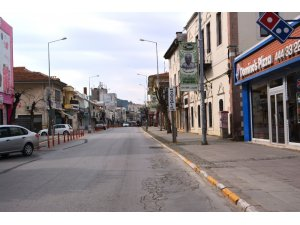 Korona virüs salgını ardından Ayvalık'ta sokaklar boşaldı