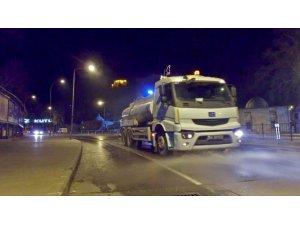 Kahramanmaraş'ta caddeler dezenfekte edildi