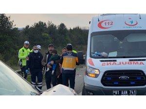 Tem otoyolunda feci kaza: 3'ü çocuk 7 yaralı