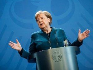 Merkel koronavirüs nedeniyle kendisini karantinaya aldı
