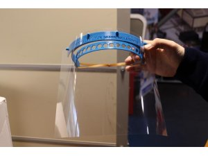 Kocaeli Bilim Merkezi'nde 3D koronavirüs maskesi üretiliyor