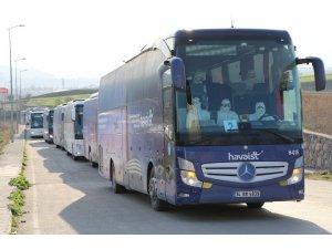 Havaalanındaki yabancı uyruklu yolcular Karabük'e getirilmeye başlandı
