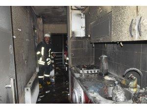 Burdur'da öğrenci evinde çıkan yangın korkuttu