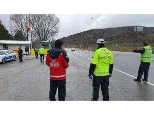 Sağlık ve polis ekiplerinden korona denetimi