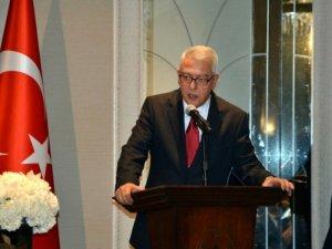 """Büyükelçi Kılıç'tan ABD'deki Türklere """"evde kalın"""" çağrısı"""
