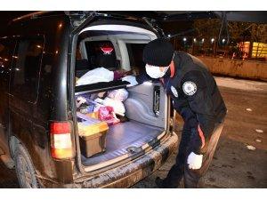 Aksaray polisi hem asayiş, hem de korona uygulamasında